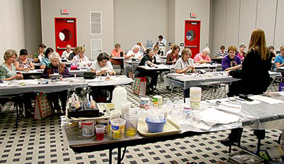 Val talking to a Silk Experience Class in Houston Texas at the International Quilt Festival